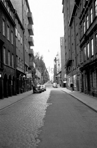 Kammakargatan, Stockholm. (1966). See this location in 2006 here.