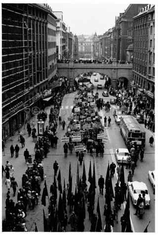May 1 demonstration at Kungsgatan, Stockholm. (1970)