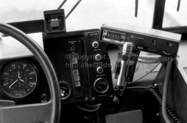 View from drivers seat on a SL-bus. Gear shift panel and communications radio (PYE OLYMPICS). (1987)